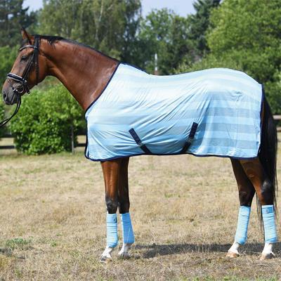 Síťovaná deka Busse Stripe 165cm světle modrá